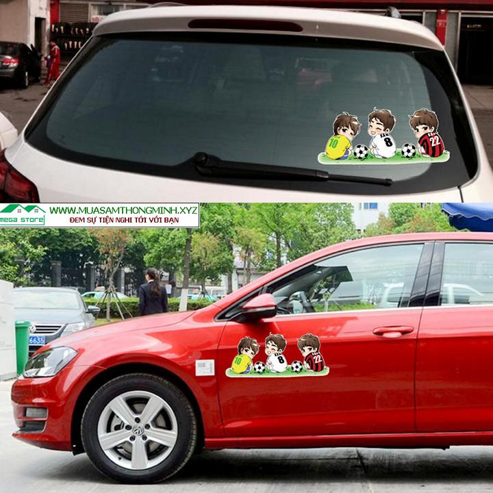 Tem cầu thủ bóng đá che vết trầy xước hài hước, trang trí thân xe hơi