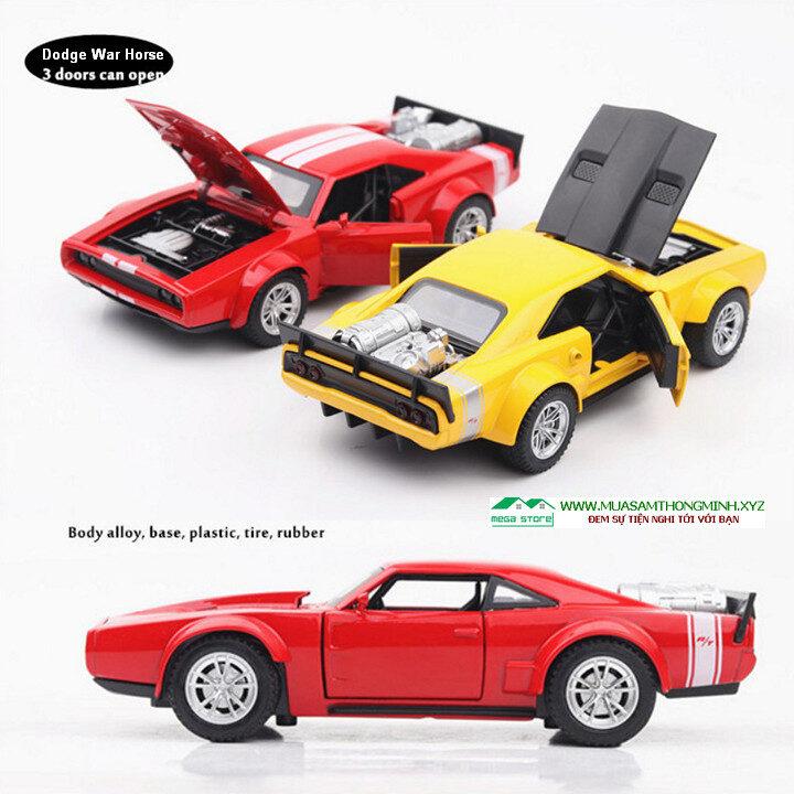 Mô hình xe Ngựa chiến trong phim Fast & Furious 8 bằng kim loại - Tỷ lệ 1:32